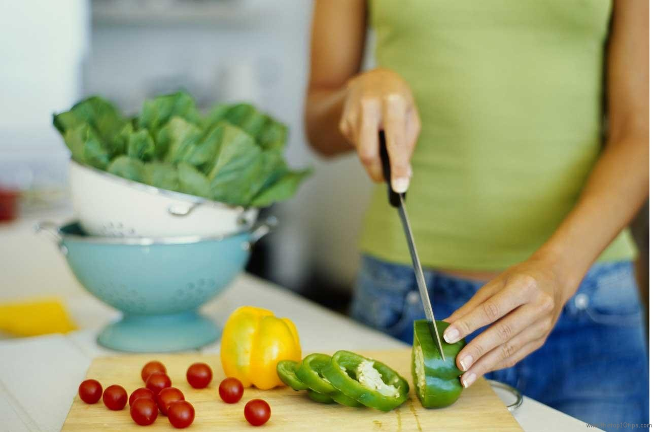 20 consejos para adelgazar dan nutricionistica, un psicólogo, un gimnasio trenerica